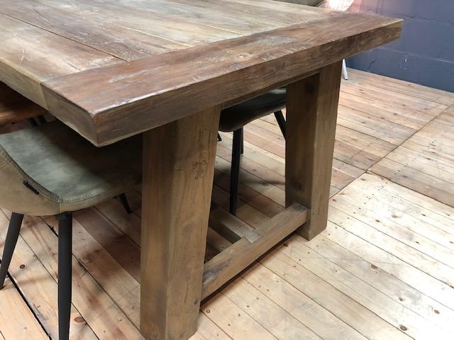 Ayu teaktafel sfeer foto detail teak tafel goedkoop wiegers XL
