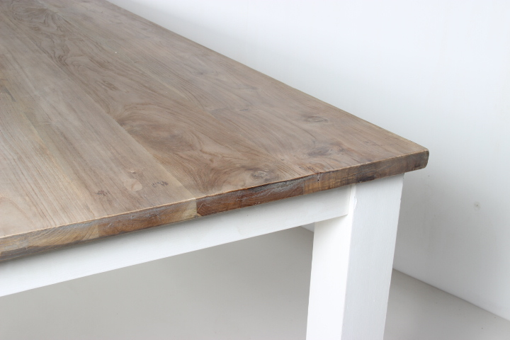 Eetkamer Tafel White Wash.Dining Table Evianne Teak Dining Table With White Legs Wiegers Xl