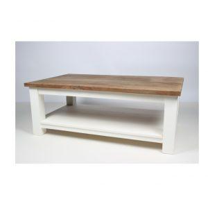 Dani avec ancienne table basse d'onderplank de bois en teck