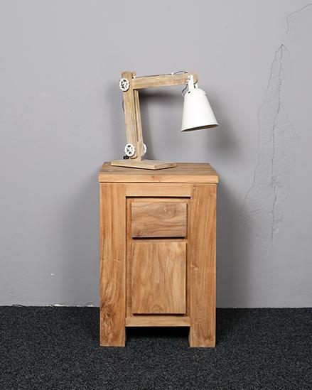 Iets Nieuws Nachtkast - oud teakhout - kasten tafels - Kasten grote voorraad. @KC43