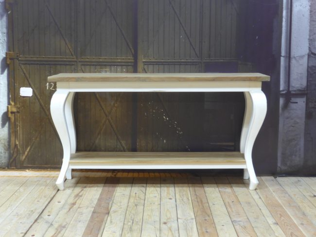 Sidetable Evianne Scotch