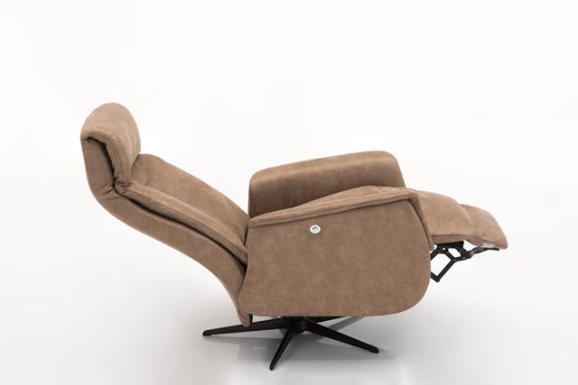 Relaxfauteuil 4592 | Hjort Knudsen | Modern design | Wiegers XL