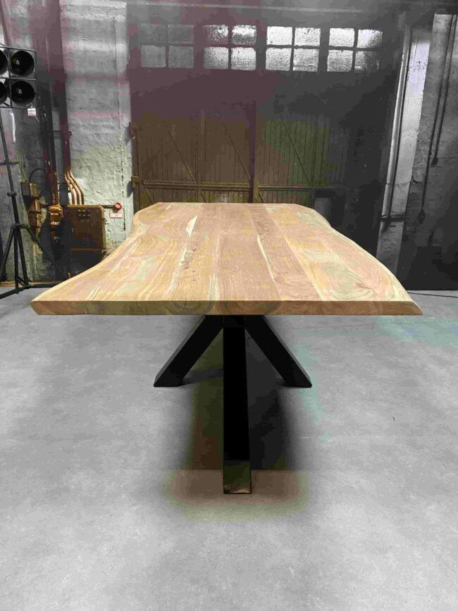 Eettafel Acaciahout Boomstamtafel Spin-poot | Wiegers XL
